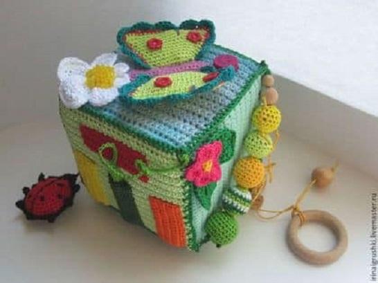 Dados interactivos de Crochet para Bebés ¡buena idea!