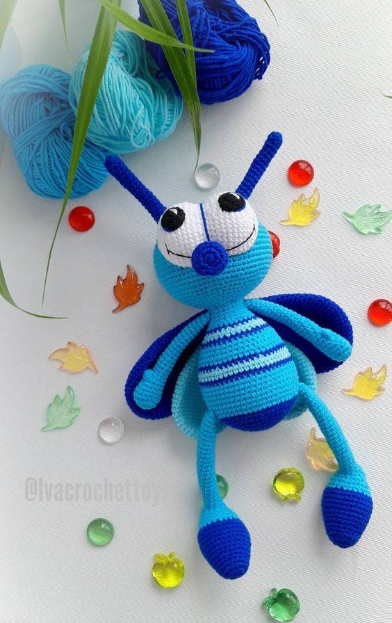 Preciosos insectos amigurumi para tu bebé