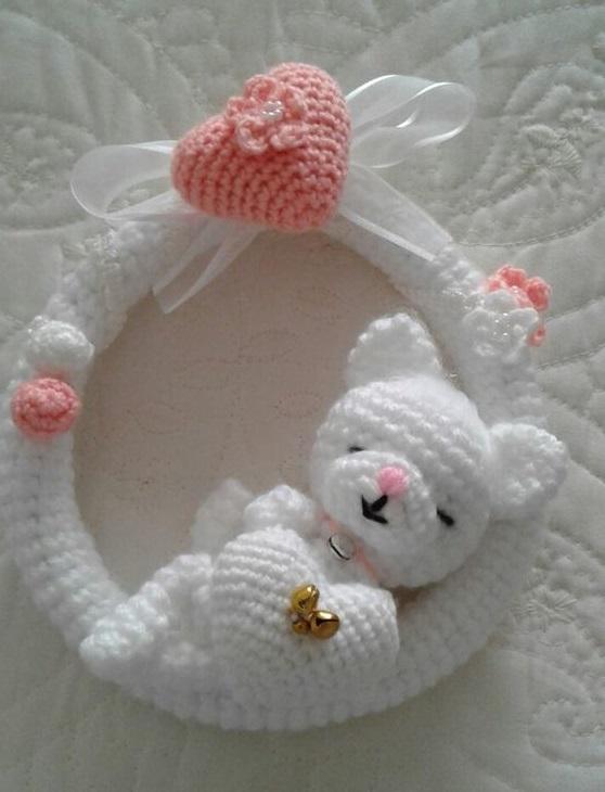 corona bebé ganchillo
