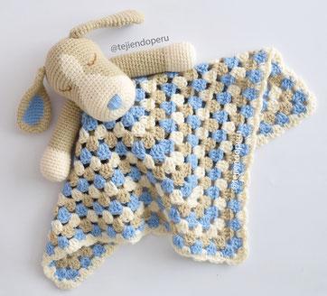 patrón juguete bebe crochet