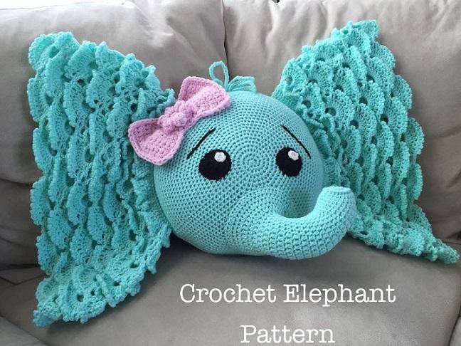 cojín hecho a mano en crochet